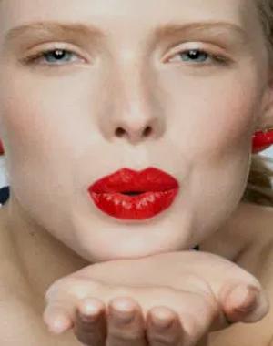 Consejos útiles para usar un labial rojo 2