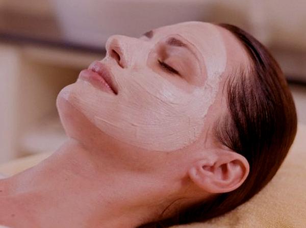 El peeling sirve para mantener la piel limpia y renovada 1