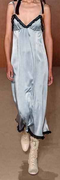 El vestido lencero: un infaltable para el verano 9