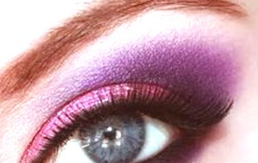 Estilos de maquillaje utilizando el tono rosa 4
