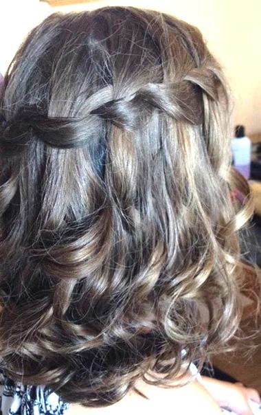 Ideas simples para llevar el cabello semi-recogido 2