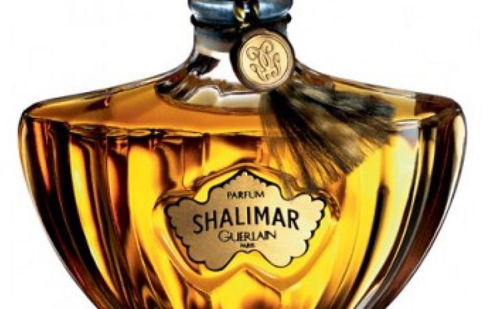 16 perfumes de mujer que mas permanecen en la piel 2