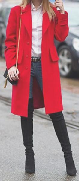 Maneras de combinar abrigos de color rojo 5