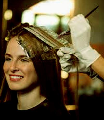 ¿Qué debo tomar en cuenta al teñir mi cabello si padezco psoriasis? 1