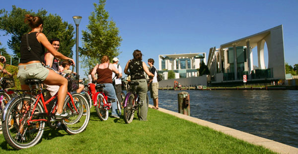 A pie o en bicicleta: dos buenas maneras para conocer BERLIN 6