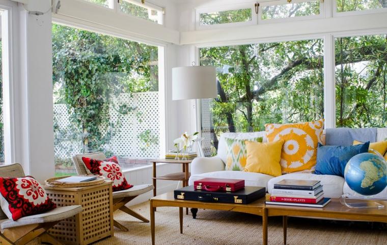 boho-chic-ideas-casuales-sofa-blanco-grande