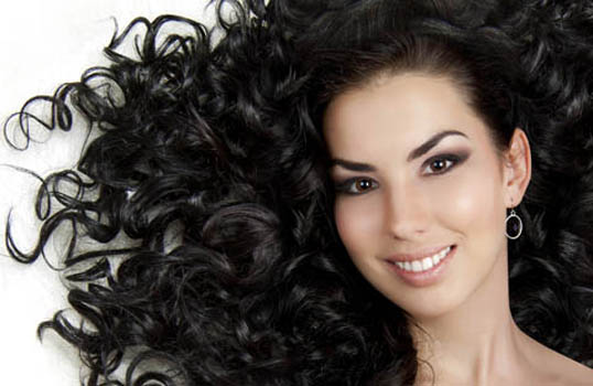 cabello con rulos