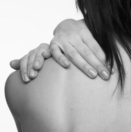 como evitar contracturas y cuidar las cervicales