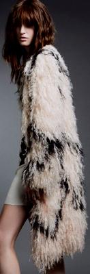 como se combinan abrigos de pieles ecologicas_4