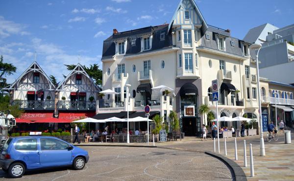 LA BAULE, el centro turístico de moda de Francia 4