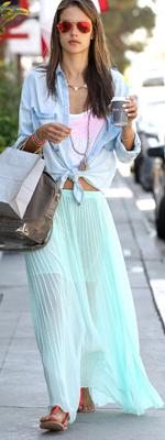 falda-larga-gasa-plisado-verano-tendencia-moda-ropa-prenda-celebrities