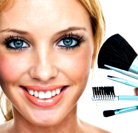 maneras de colocar bases de maquillaje