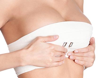 mitos y verdades sobre los implantes mamarios