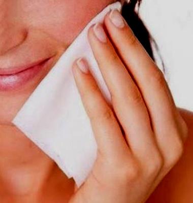 principales razones para no dormirse con maquillaje
