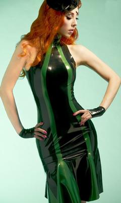 vestido-de-latex-berlingo-mademoiselle-ilo